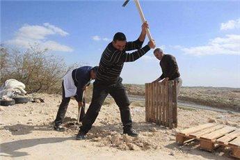 ACTIVISTS REBUILD PROTEST CAMP AGAINST BEDOUIN DISPLACEMENT