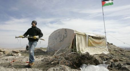 ISRAEL TEARS DOWN E1 PROTEST TENT CAMP FOR SECOND TIME