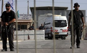 ISRAELI SPECIAL UNIT BREAKS INTO ESHEL AND OFER PRISONS