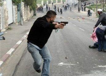 UNDERCOVER ISRAELI OFFICERS DETAIN PALESTINIAN TEEN IN SILWAN