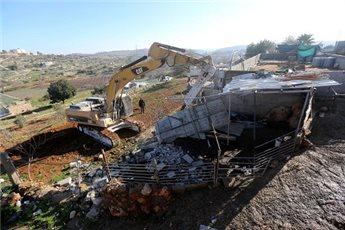 ISRAEL DEMOLISHES PALESTINIAN HOUSE NEAR TULKAREM