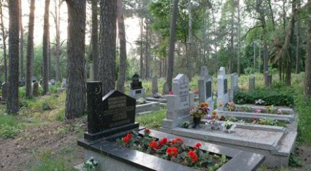 GERMANY: FIRST MUSLIM GRAVEYARD TO BE OPENED