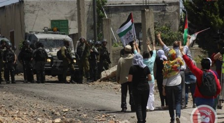 ISRAELI FORCES INJURE 2 AT KAFR QADDUM WEEKLY MARCH