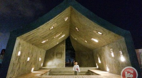 CONCRETE TENT EMBODIES CONTRADICTIONS OF PALESTINE REFUGEE LIFE