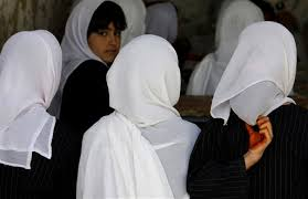 INDIAN MUSLIM COLLEGE BANS INDECENT CLOTHES