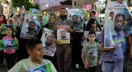 ISRAEL SUSPENDS DETENTION OF PALESTINIAN HUNGER STRIKER