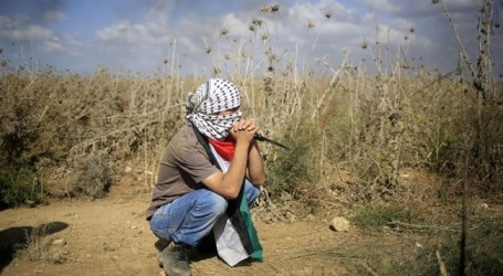 ISRAELI FORCES SHOOT DEAD TWO BOYS IN GAZA