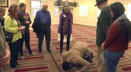 Charlottesville Mosque In Virginia Opens Its Door To Community