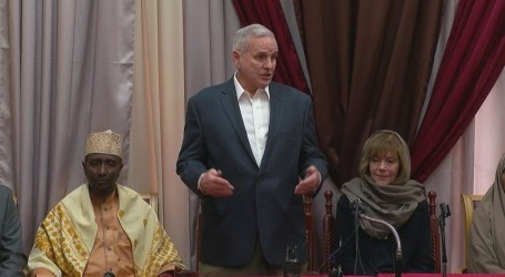 US Governor Of Dayton Visits Islamic Center After Burglary