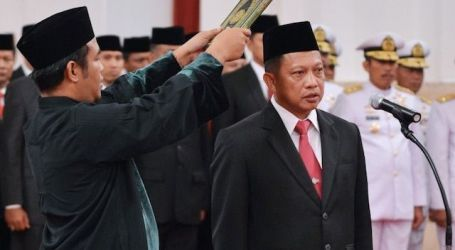 Commissioner General Tito Karnavian Sworn In as Indonesian Police Chief