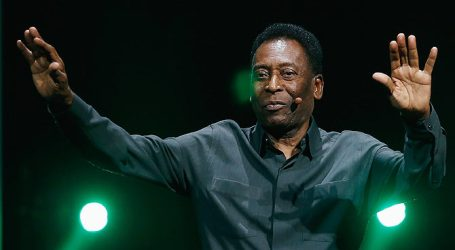 """Pele """"Not Physically Able"""" to Light Olympic Flame"""