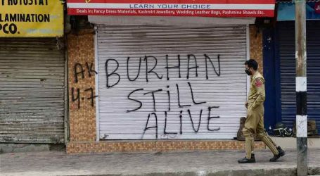 Kashmir's Longest Curfew Lifted after 51 Days, Restrictions to Continue