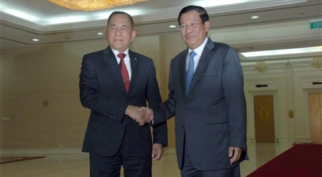 Indonesian Defense Minister Proposes Military MoU with Cambodia