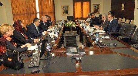 UNRWA Delegation Meets OIC Officials, Seeking Funding For Palestinians