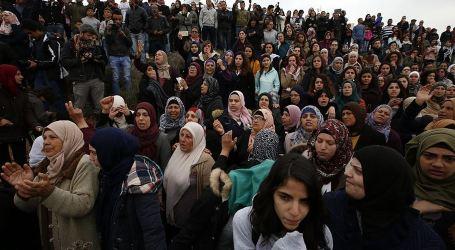Palestinian in Al-Khalil Lay to Rest Martyrs Qaisiya, Abu Gazi