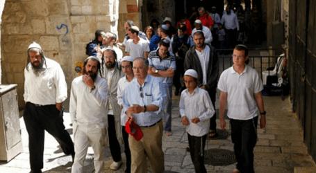 385 Israeli Settlers Storm Jerusalem's Al-Aqsa Mosque