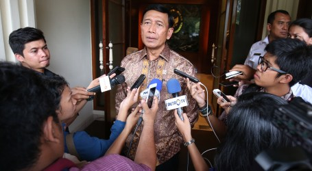 Wiranto Ssys Government to Ask Court to Ban HTI