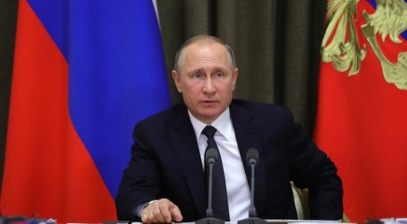 "Putin Criticizes ""Anti-Islamic"" Cartoon, Says Western Multiculturalism Failed"
