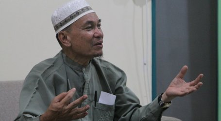 Philippine Muslims Waiting for President's Action