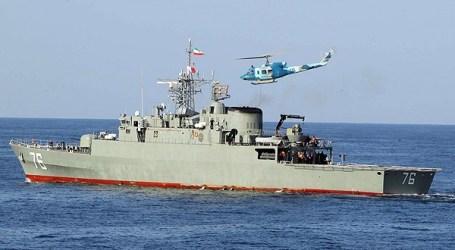 Iran Sends Warships to Oman amid Gulf Dispute