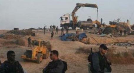 Palestinians Homeless As Israeli Forces Demolish Araqeeb Village