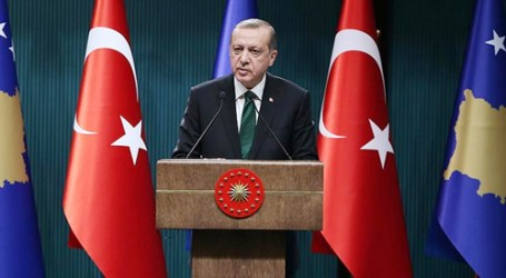 Erdoğan Urges Muslims to Unite Against Crises