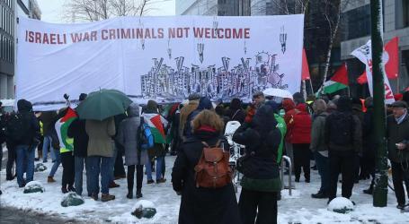 Hundreds Protest as Israeli Premier Visits Brussels