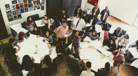 Al-Quds University's Bard College Starts Online Classes for Refugees