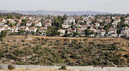 300 World Figures: Israel's Forcible Transfer of Bedouins War Crime