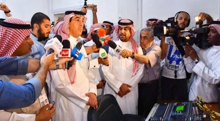 Minister of Media Al-Awwad Rejects Politicization of Hajj