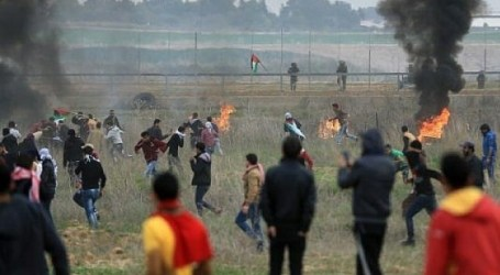 Israeli Forces Kill Seven Palestinians, Injure 500 Others, at Gaza Border