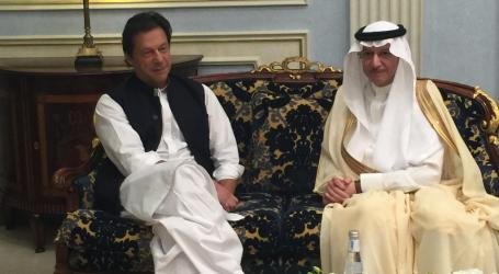 OIC Secretary-Pakistani PM Discuss Issues of the Islamic World