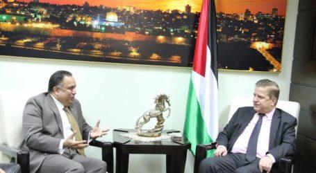 Palestinian Minister-Indian Ambassador Discuss Establishment of Hospital