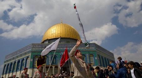 Palestinians Celebrate Al-Isra Wal Mi'raj Holiday in Al-Quds