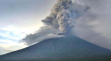 Agung Mount Launches Eruption
