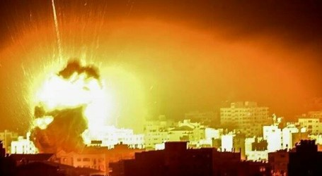 For an Hour Israel Bomb Gaza, No Casualties