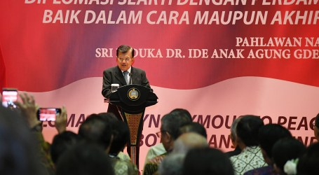 Jusuf Kalla Receives Award for His Excellence in Peace Diplomacy