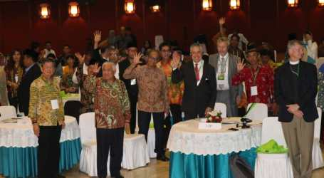 Interfaith Institutions, Indigenous Attend Workshop on Protect Tropical Forests