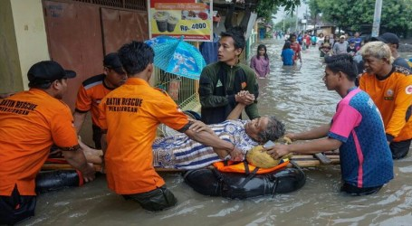 As 67 Death Toll of Greater Jakarta Floodwaters and Landslides