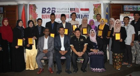 10 Malaysian Entrepreneurs Halal Products Presented at B2B Meeting in Bandung