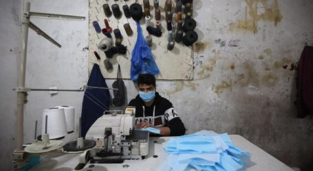 Gaza Makes Face Masks for Europe Market