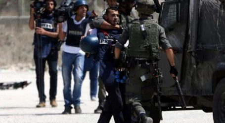 As 12 Palestinian Journalists In Israeli Prisons