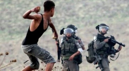 An Israeli Soldier Dead of Throw Stone when Invade Jenin Region