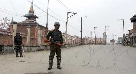 First Time, Kashmiri Muslims Don't Perform Friday Prayer in Ramadan
