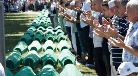 Bosnian Muslims Commemorate 25 Years After Sebrenica Massacre