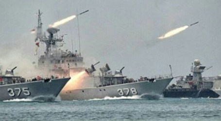 Indonesian Navy Holds War Training in Karimata Strait and South Natuna Waters