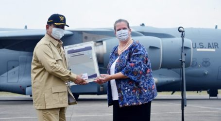 Indonesia Receives 500 Ventilators from the US