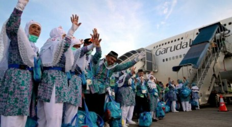 Indonesia Waiting for Umrah Permit