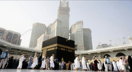 Kalla Perform Umrah at Makkah