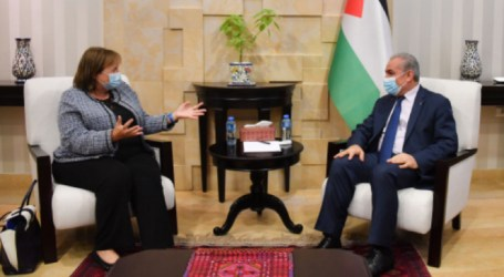 Palestinian PM Discusses Political Developments with EU Peace Envoy